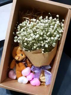 Mini baby breaths bouquet set