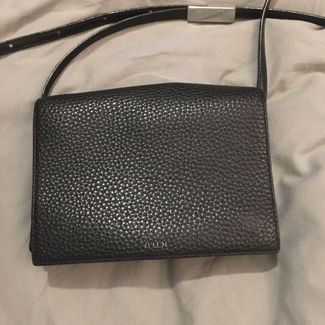 Aritzia Auxiliary side bag