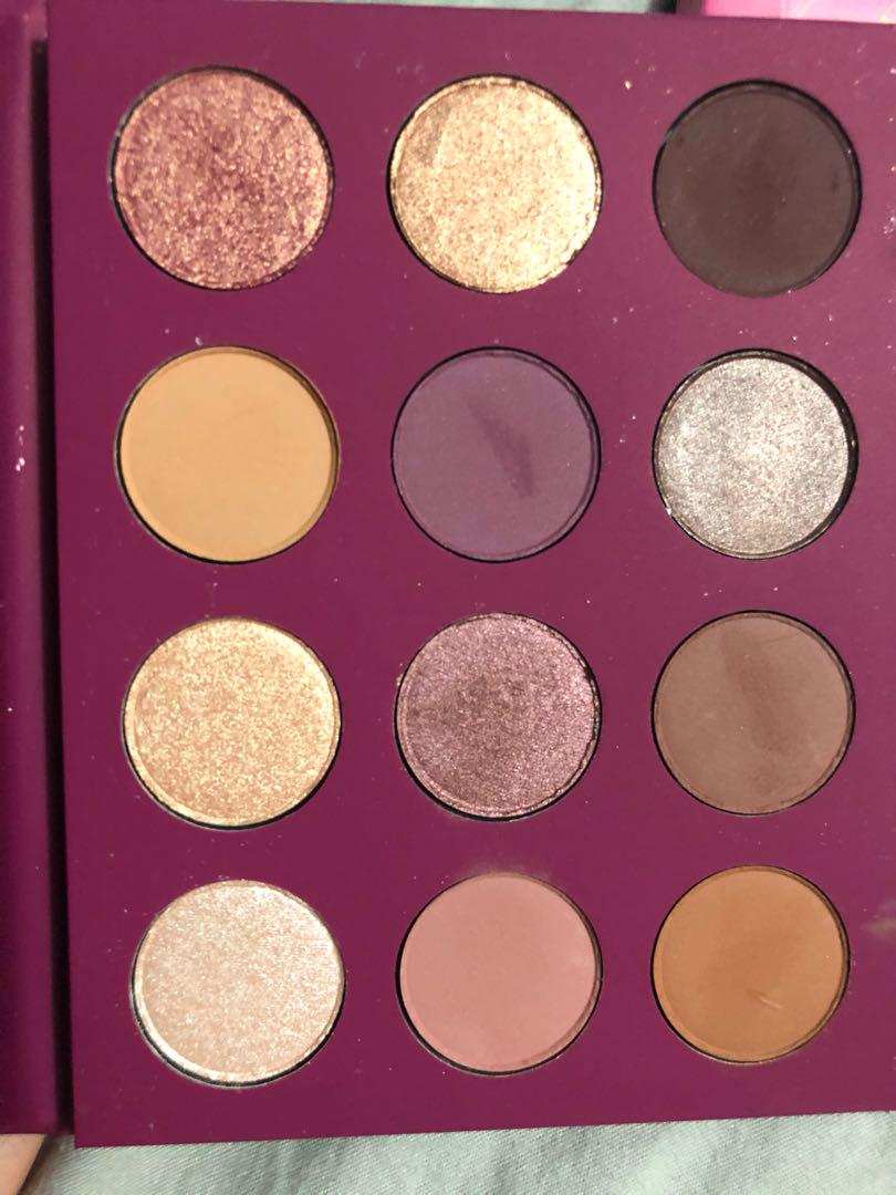 Colourpop you had me at hello 👋 eyeshadow palette