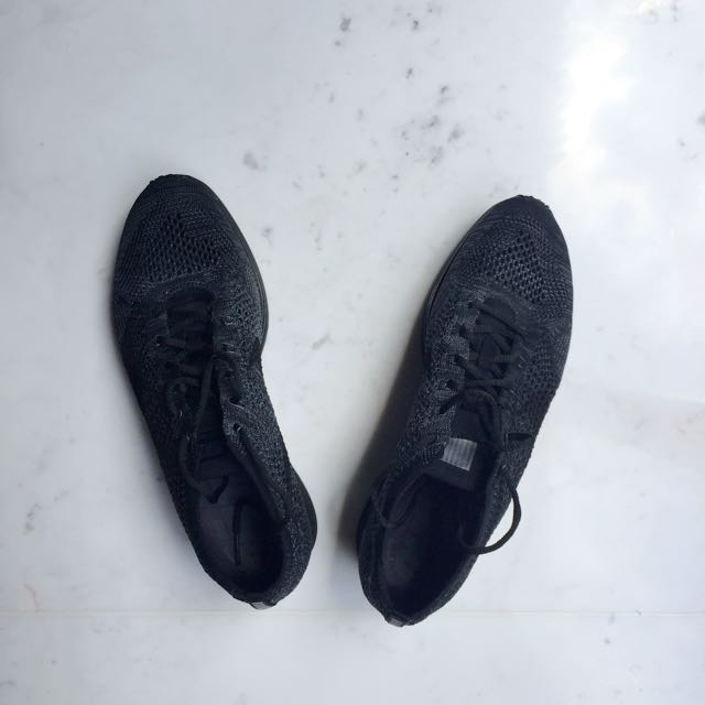 05a58138c647 Nike Flyknit Racer Triple Black - NEW - US9.5 EU43 27.5cm