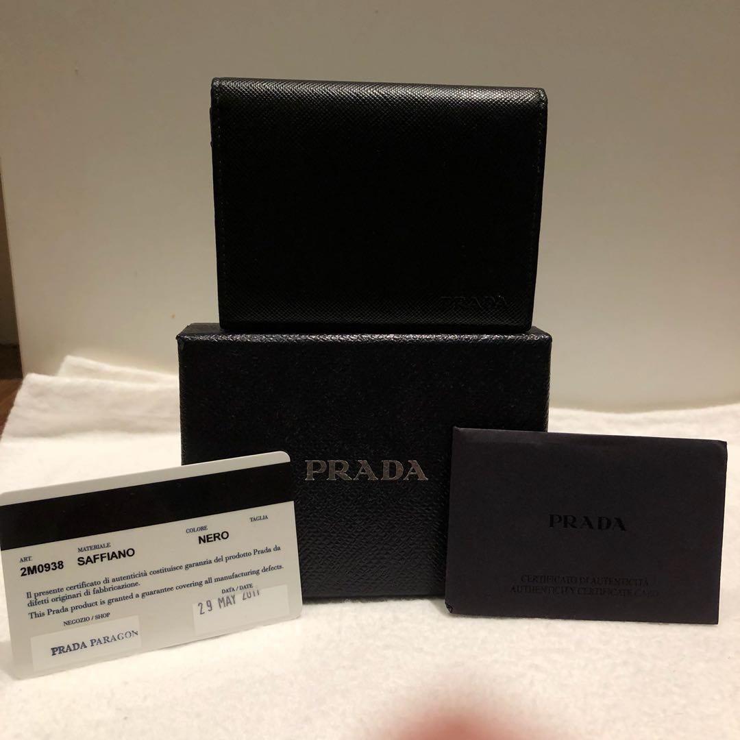ae75d63e72e6 PRELOVED* PRADA BLACK LEATHER CARDHOLDER, Luxury, Bags & Wallets ...