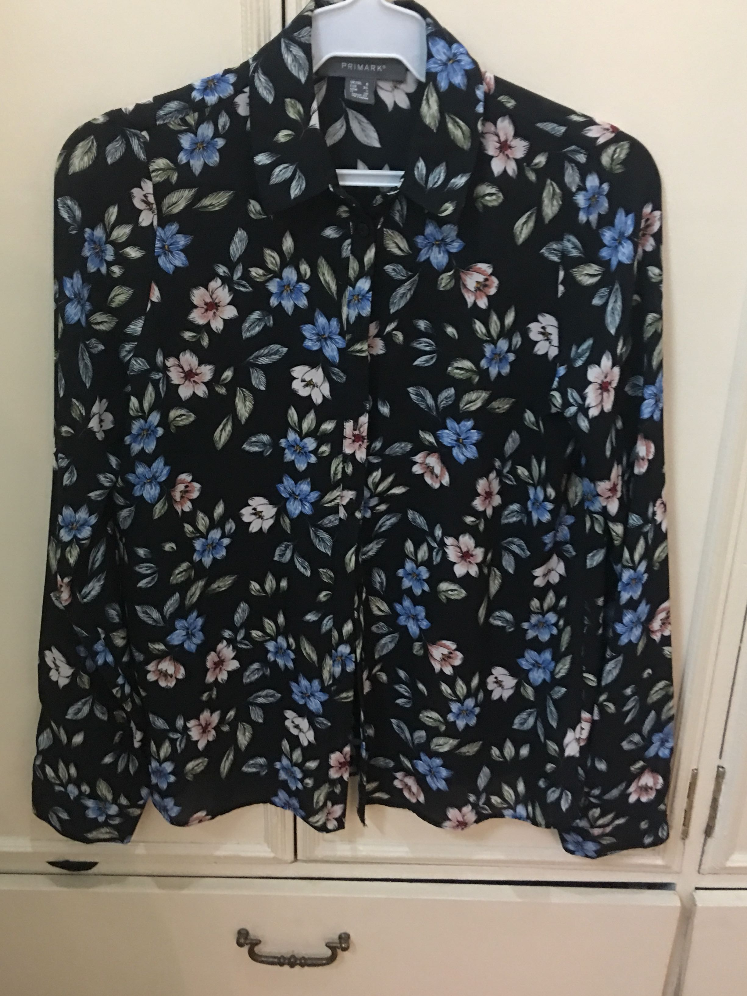 3c29df648c889d Primark Floral Blouse, Women's Fashion, Clothes, Tops on Carousell