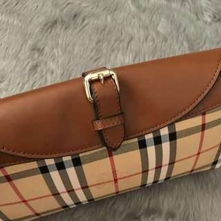 Burberry Sling.