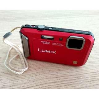 Panasonic Lumix DMC TS/FT20 WATERPROOF Camera HD Video