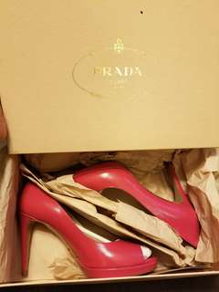 🆕 Prada Shoes