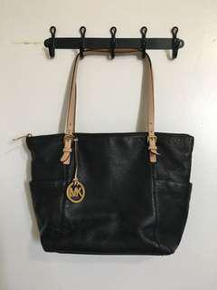 Michael Kors Saffiano top zip leather tote