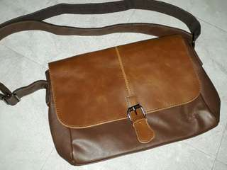 vicuna clasp buckle messenger bag