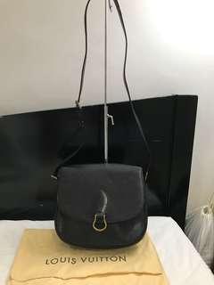 Preowned Authentic Louis Vuitton Black Epi St Cloud GM sling bag