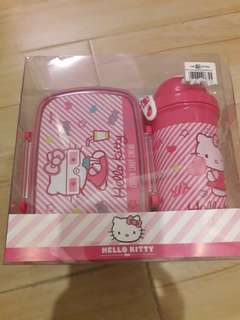 Hello Kitty lunch box with water bottle