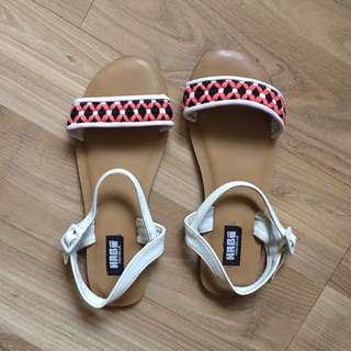 Habi Sandals
