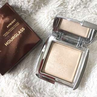 Hourglass Ambient Strobe Light in Brilliant Strobe Light