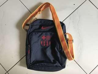 Tas selempang FC Barcelona original
