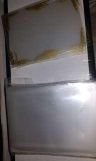 第三層多於50張透明卡套 加多5張第三層金邊卡套