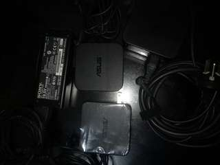Laptops charger for sale