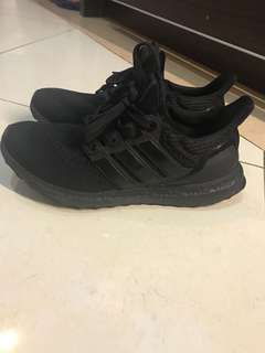 Adidas ultraboost triple black clone authentic