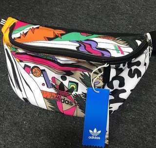 Authentic Adidas Waist Bag yang Lagi Hits