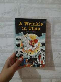 Novel Terjemahan📗 A Wrinkle in Time - Kerutan Dalam Waktu by Medeleone L'Engle