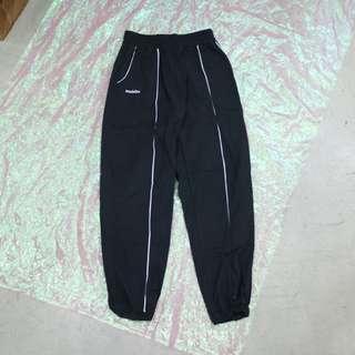 配色線條造型中性休閒褲