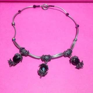 Vintage necklace choker