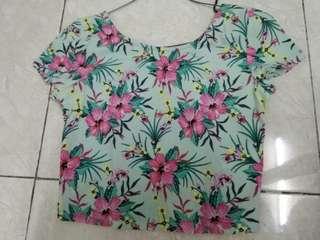 H&M floral crop top