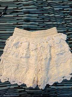 Off-white Crochet Shorts (Size: XS)