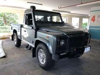 LandRover Defender 110