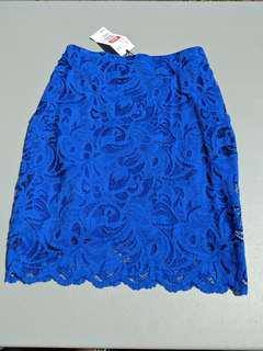 H& M lace skirt size 4