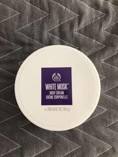 New Body Shop White Musk body cream