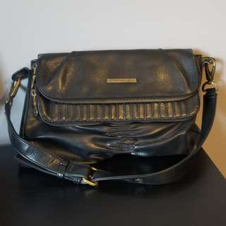 Matt & Nat Black Leather Purse