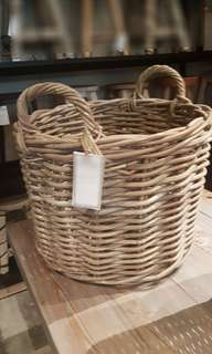 RENTAL : Wooden basket