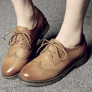 Sepatu Oxford vintage