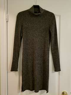 Dark grey ribbed sweater dress