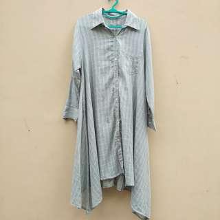 Dress kemeja abu garis