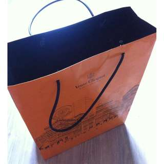 (半價) VEUVE CLICQUOT Paper Shopping Gift Bag 紙袋 禮物袋 (Half Price)