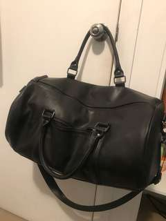 Leather Duffle Bag perfect for traveling