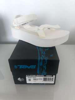 ON TREND!!! Bright white platform Teva's