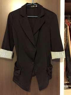 🚚 改良式西裝外套