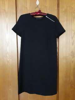 ZARA 黑色洋裝
