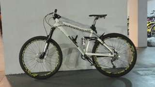 Full suspension salvo elite 26 mongoose