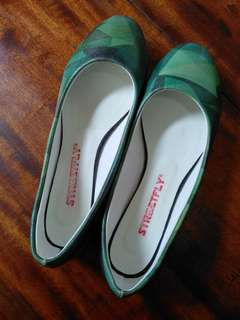 Doll shoes size9 free sf