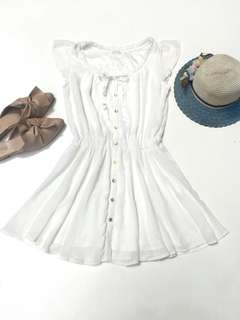 Nice Claup White Buttoned Dress