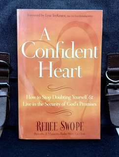 《Bran-New + How To Step Out Of The Shadows of Self-Doubt To Live With A Confident Heart》Renee Swope -A CONFIDENT HEART : How to Stop Doubting Yourself and Live in the Security of God's Promises