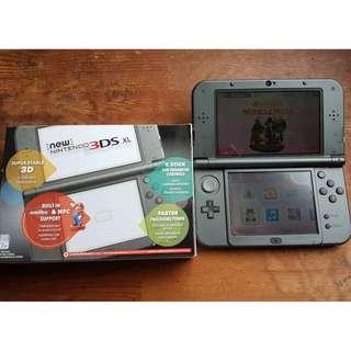 Preloved Nintendo 3DS XL + Zelda