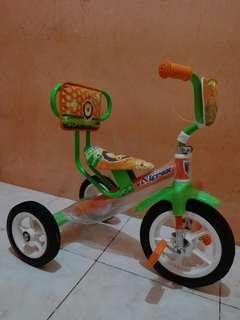 Sepeda roda tiga murah masih baru