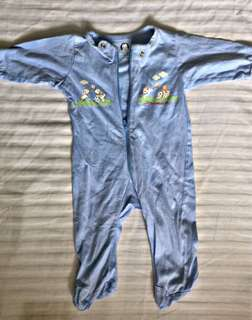 take 4pcs overall onsie for only ₱250 gerber and carter