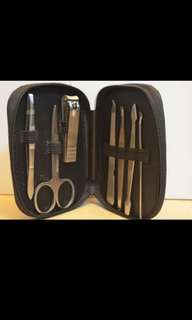 Manicure / Pedicure 7 in 1 Set