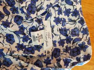 H&M White & Blue Floral Blouse w/ Collar