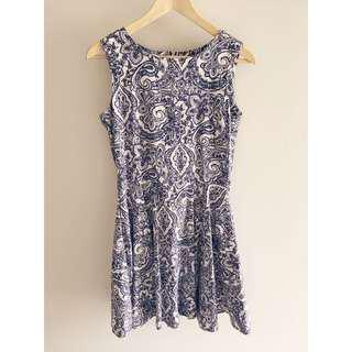 Blue paisley dress 10