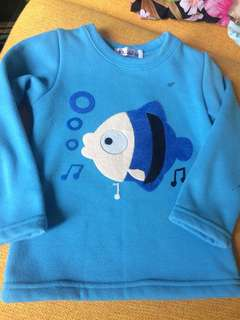 Unisex sweater 2-3 years