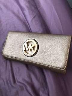 Michael Kors 金色長銀包 MK Logo Wallet